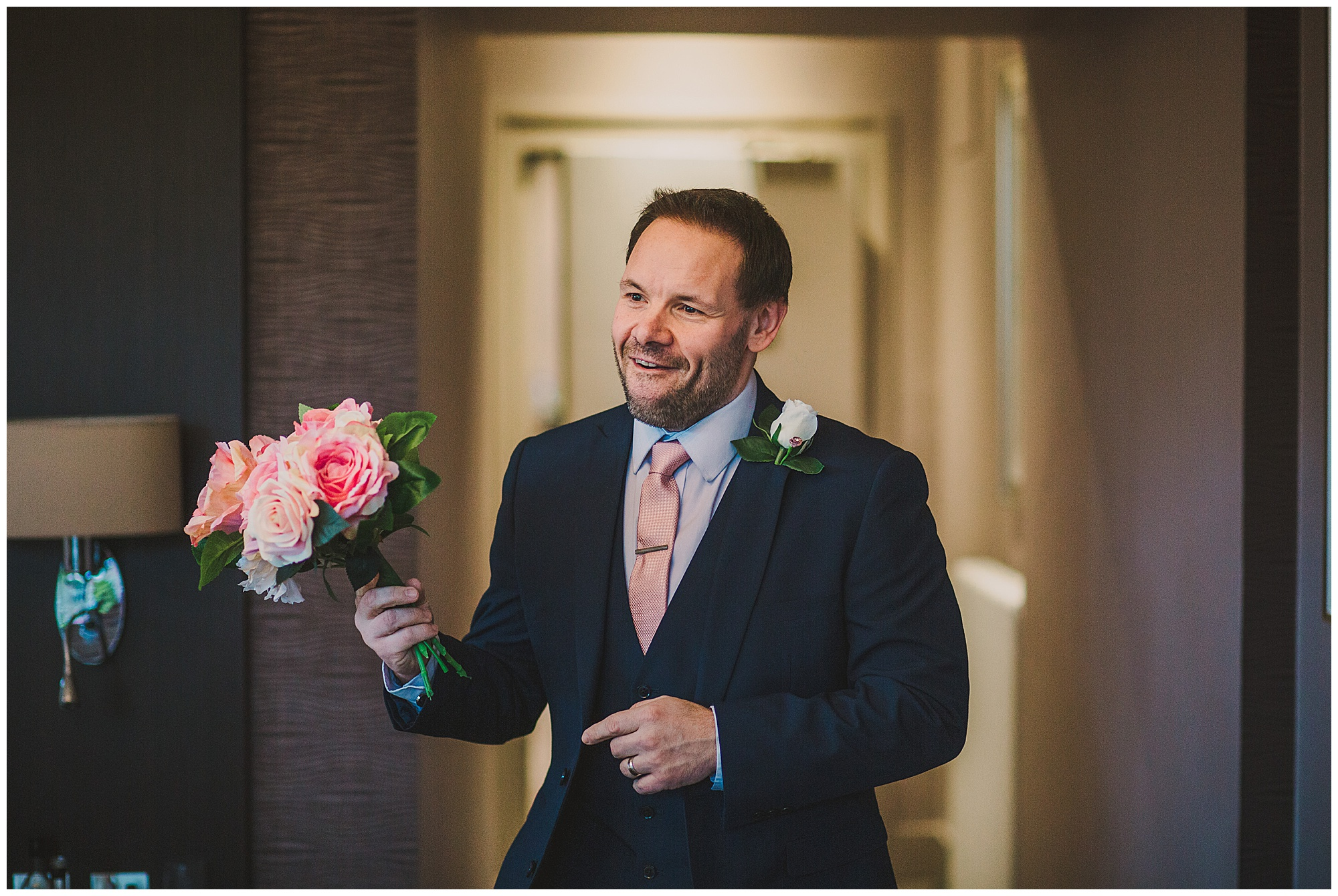best man with flowers